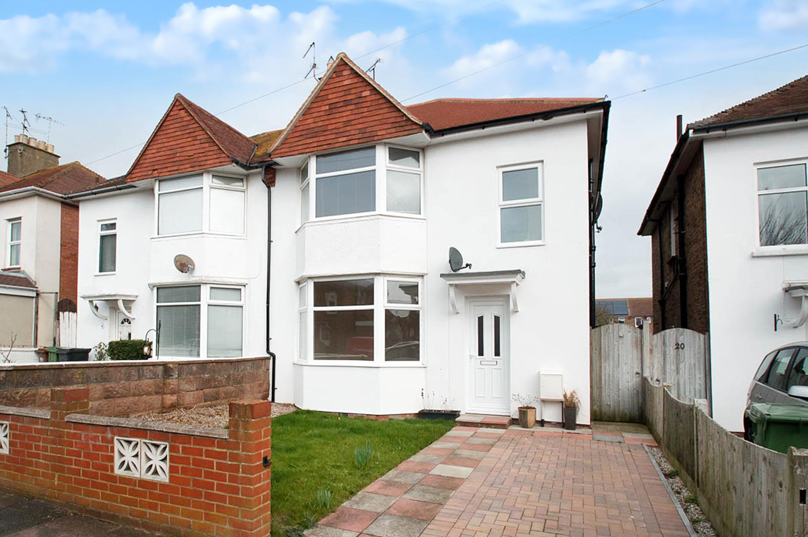 3 Bedrooms Semi Detached House for sale in Windermere Crescent, Eastbourne